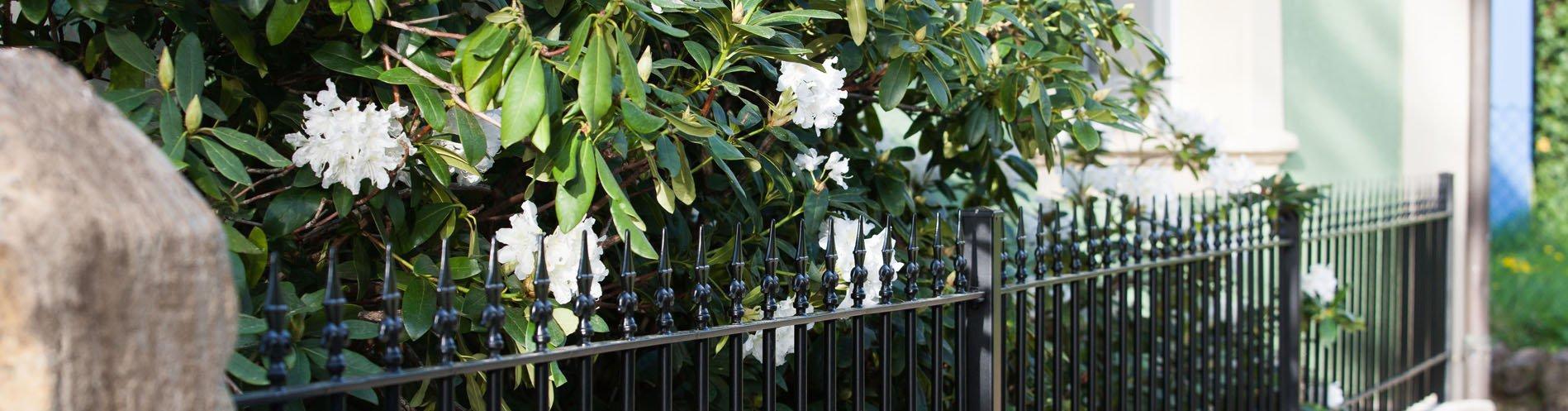 Gartenzäune aus Stahl