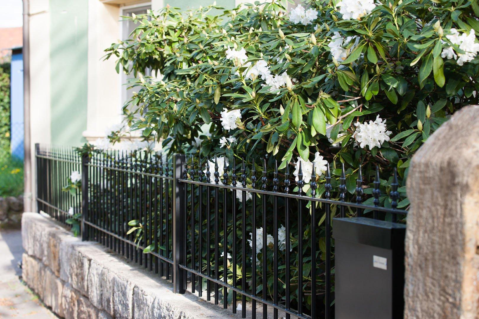 Gartenzaunelemente aus Metall ELEO